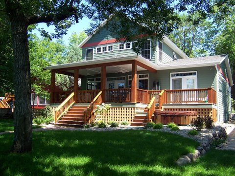 2723 1st Str, West Okoboji